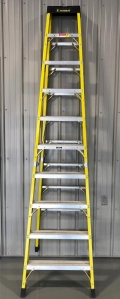 Where to rent Ladder - Step 10ft Fiberglass in Fort Wayne IN